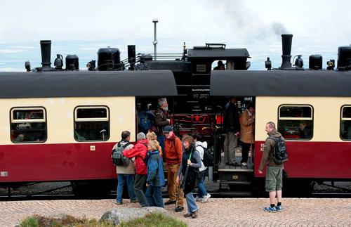 Viel Betrieb auf dem Brockenbahnhof im Harz