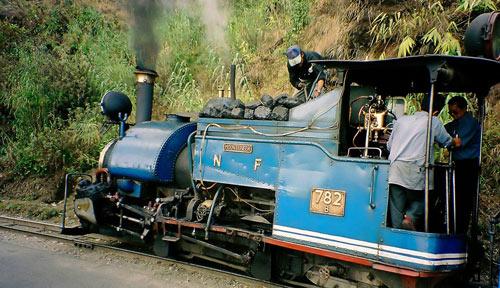 Mounteneer - Satteltank-Dampflok der Darjeeling Himalayan Railway