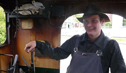 Lokomotivführer auf einer über Hundertjährigen