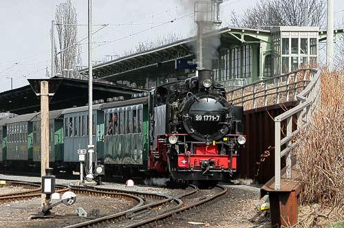 Der regelmäßige Dampfzug startet in Freital-Hainsberg