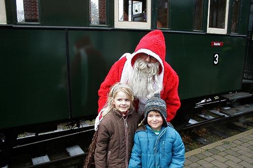 Der Nikolaus am historischen Dampfzug - Spaß für Gross unf Klein!
