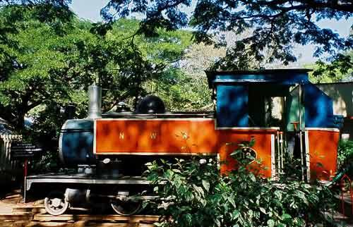 Ausgediente indische Dampflok im Railway Museum Mysore