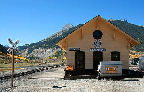Silverton Station - ein Bahnhof im Nirgendwo der Rockies