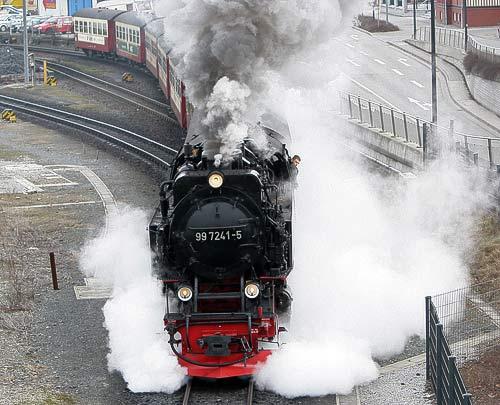 Ausfahrt aus dem Dampfbahnhof Wernigerode