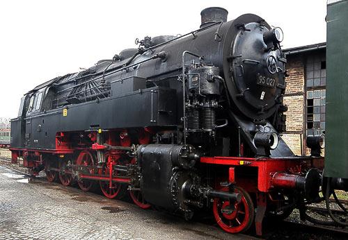 Die Bergkönigin 99 027 wartet in Blankenburg auf ihren Einsatz