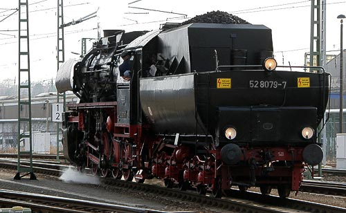 52 8079 mit Wannentender - typisch für die Baureihe 52