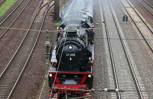 41 096 auf der Hauptstrecke zwischen Hannover und Wunstorf