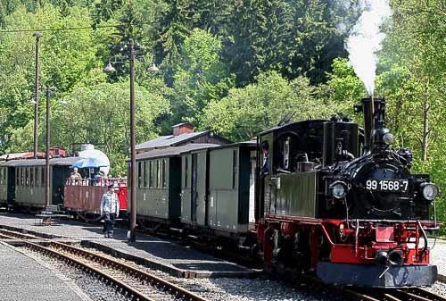 Halt im Bahnhof Schmalzgrube