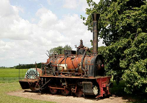 Uralte Dampflokomotive in Aalholm bei Nysted auf Lolland