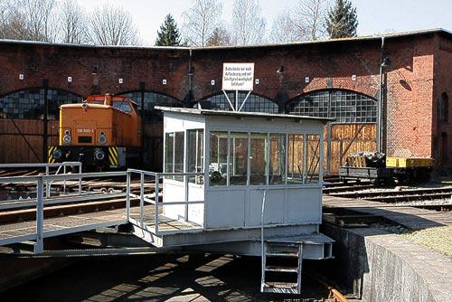 Ausssengelände mit grosser Drehscheibe - Eisenbahnmuseum Schwarzenberg