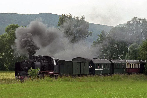 Die schnauft ganz schön, die 24er mit demReichsbahnzug von 1928